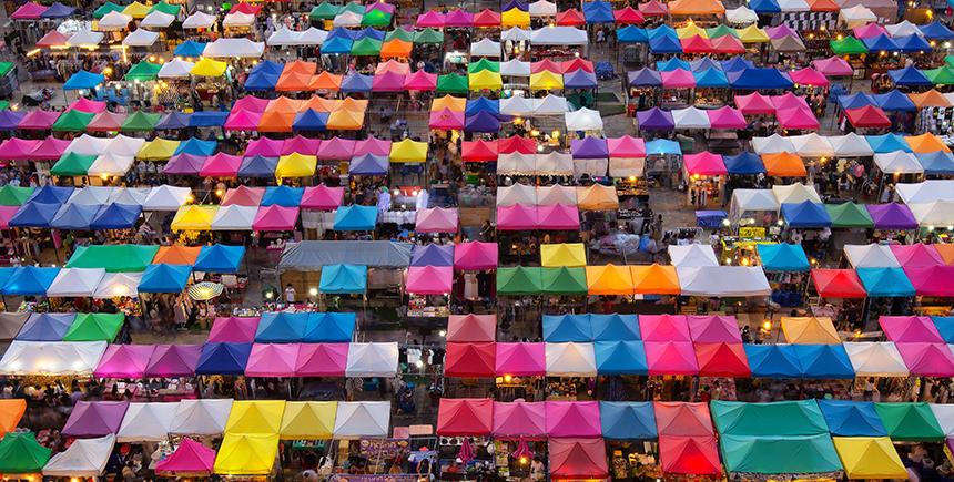 Chatuchak Market, Bangkok (Photo: Ian Santosa / Shutterstock.com)